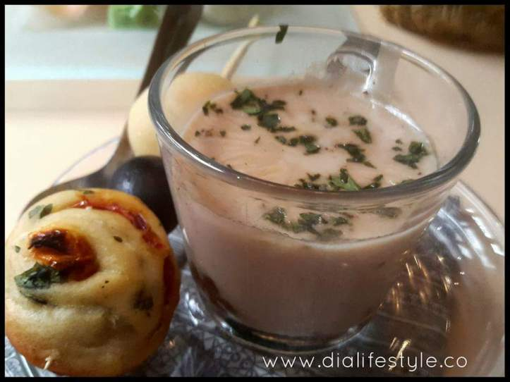 Caramelised onion and cheese fondue cups